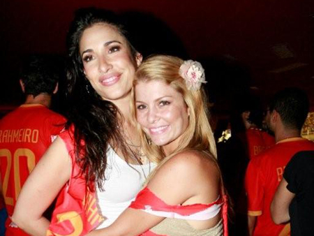 http://ocanal.files.wordpress.com/2010/02/giselle_itie_e_barbara_borges.jpg?w=450&h=338
